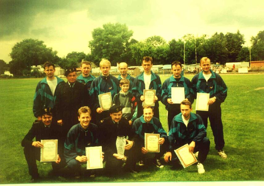 24 czerwiec 1997r. Nasza reprezentacja zwyciężyła we wszystkich konkurencjach XIII Mistrzostw Województwa w Sporcie Pożarniczym, a tym samym zajęła I miejsce w klasyfikacji generalnej.